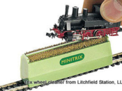 Cleaning Brush for your Locos by Trix - HO Scale