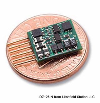 Z DCC decoder basic by Digitrax DZ123 series - NMRA 6 pin NEM651 integrated plug - DZ123MO