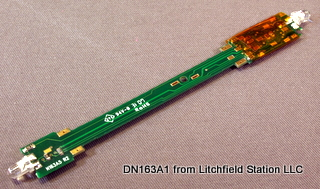 N DCC decoder LocoSpecific Atlas light board by Digitrax - Long