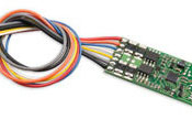 HO DCC decoder for high amperage by Digitrax